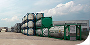 Deposito container di diverse dimensioni